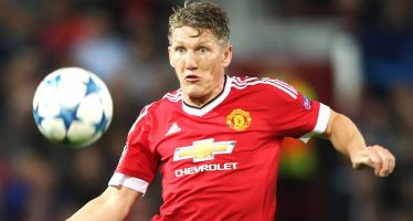 Bastian Schweinsteiger: I won't leave Manchester United for another European club