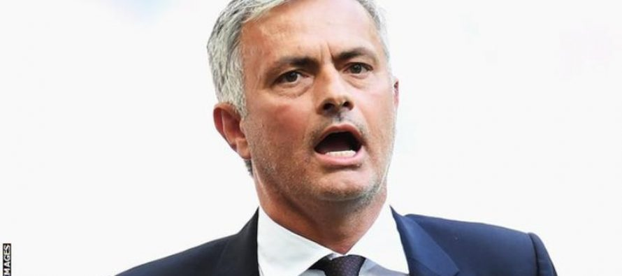 Man Utd: Jose Mourinho receives apology for jail claim