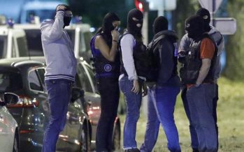 Three suspected female militants seized in France, policeman stabbed