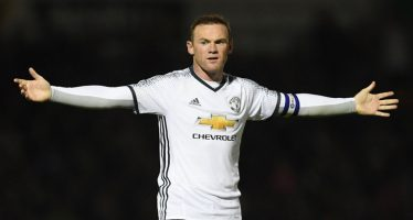 Wayne Rooney could lose Man United spot, says Ray Parlour