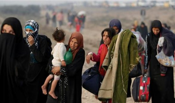 Iraq: Thousands displaced as battle for Mosul rages on