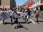 Clashes in Cape Town as students demand free tuition