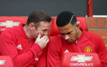 Memphis Depay is too good to sit on Manchester United bench, says Dick Advocaat