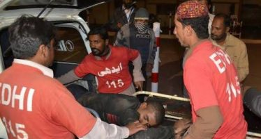 At least 25 killed after blast at shrine in southwestern Pakistan