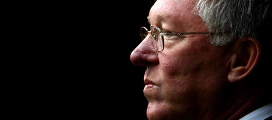 Manchester United unlucky not to be challenging Chelsea for title, says Ferguson