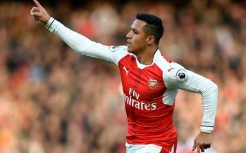 Arsenal 2-1 Burnley: Late Alexis penalty sends 10-man Gunners up to second