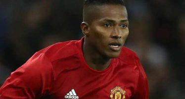 Man Utd trigger Valencia contract extension clause