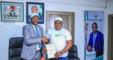 Sports Ministry Signs MoU For Principals, Headmasters Competitions
